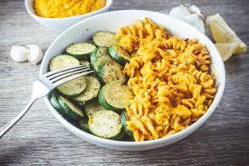vegan mac cheese with lightly sautéed zucchini nutritional yeast free