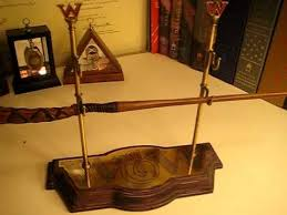 Harry Potter Wand Display Stand Harry Potter Noble Collection Weasley Wand Collection YouTube 6
