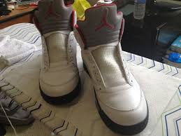 picture of remove the laces