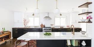 Image Bianco Antico 35 Gorgeous And Functional Kitchen Peninsulas Elle Decor Kitchen Peninsula Ideas 34 Gorgeous And Functional Kitchen