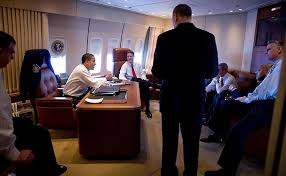 air force 1 office. File:Obama On Air Force One.jpg 1 Office F