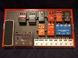 using pedals and maintaining good tone true bypass loop switchers allow you to connect all the individual pedals on your board to individual true bypass loops or perhaps in groups of 2 3 pedals