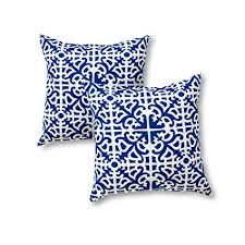 greendale home fashions 17 in outdoor accent pillow set of 2 indigo outdoor throw pillows p25