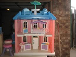 Little Tikes Bedroom Furniture Little Tikes My Size Barbie Doll House Little Tikes My Size