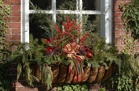 Christmas Window Box Decorations 100 Outdoor Christmas Decoration Ideas in Pictures 28