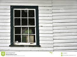 Altes Weißes Und Grünes Fenster Stockbild Bild Von Holz Fassade