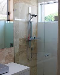frameless glass and aluminium shower doors for the bathroom