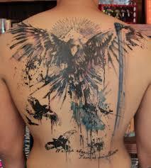 что означает ворона татуировка птицы татуировки перо перья крылья