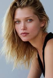 Hana Jirickova Model Profile Photos Latest News