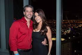 Adrian Cataño celebró su cumpleaños en Miami entre sus amistades y  celebridades en Club Fifty - Sercano TV