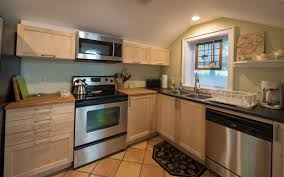 Bungalow Kitchen The Bungalow Red House Vacation Rentals And Hotel Alternative
