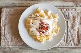 Fototapete Ungarische Küche: Pasta Mit Käse, Ansicht Von Oben