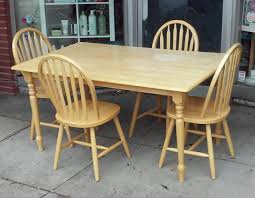 Uhuru Furniture Collectibles Sold 22037 Ashwood Windsor Dining