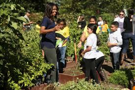 Michelle Obama Kitchen Garden Students Help First Lady Harvest White House Garden Wtop