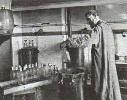 Наука в начале века химия биология медицина география  Л Пастер демонстрирует научный эксперимент Фото конца xix в