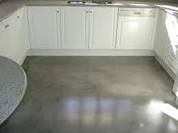 Die wohnzimmermöbel stimmen auch auf dem fußboden ab. Neuer Bodenbelag Mikrozement Boden In Betonoptik Betonboden Betonoptik Boden