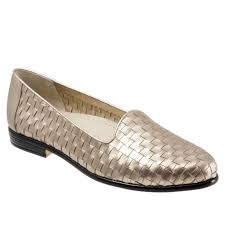 Trotters Liz Woven Gold Loafers Size 7