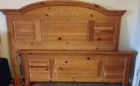 The Midtown Bazaar Broyhill Fontana Solid Pine Queen Or Full Size Broyhill  Pine Bedroom Furniture Hd