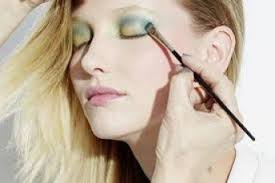 mac makeup cles gabriella floyd interview artist middot sometimes you need to call in an expert