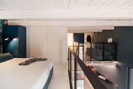 Mezzanine Bedroom Space Savvy Italian Home Delights With A Nifty Mezzanine Level Bedroom