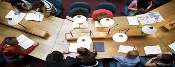 Этапы написания дипломной работы На завершающем этапе обучения студенты должны продемонстрировать свои знания и навыки полученные в учебном заведении Написанная дипломная работа является
