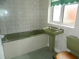 Avocado Bathroom Suite 3 Bedroom Terraced House For Sale In Carney Street Boosbeck