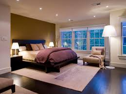 modern bedroom lighting ceiling. Modern Bedroom With Wood Platform Bed And White Shade Table Lamp Plus Recessed Led Ceiling Lighting I