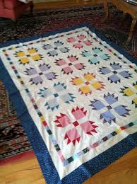 137 best Bear's paw images on Pinterest | Bear paw quilt, Bear ... & Bear paw quilt - image only Adamdwight.com