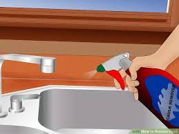image titled remove caulk step 1bullet1