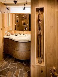 Cool Slate Tile Floor Design In Fantastic Rustic Bathroom Ideas With  Artistic Wall Display ...