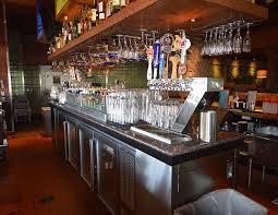 ... Bahama Breeze Daytona Beach Bar Top