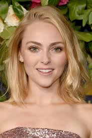 AnnaSophia Robb Got a Shaved Pixie Cut