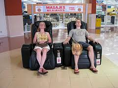 massage chair in mall. review: montage elite recliner massage chair in mall e