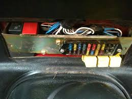 fuse box diagram help landyzone land rover forum fuse box layout jpg