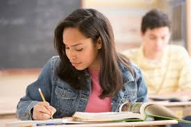 grading essays a strategy that reflects writing as a process at this point students are instructed to revise edit rewrite their essays by an assigned date usually two weeks later in order to receive half the points