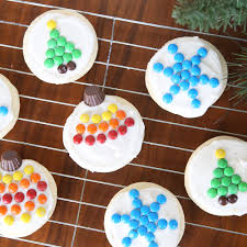 easy christmas sugar cookies. Brilliant Easy Mini Mu0026Ms Make It Super Easy To Decorate Christmas Sugar Cookies With Easy Sugar Cookies C