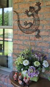 gecko outdoor wall decor