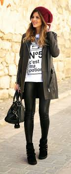 cute outfits with black legging
