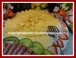 How To Decorate Salad Tray Easy Garnishing with Fruit Ideas for Decorating FruitCheeseDeli 21