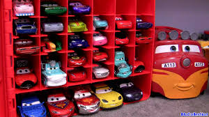 Disney Cars Fan Stand Display Case Cars 100 Diecast Storage case 100 CAR TOYS Carry Case Kids Toys Trev 33