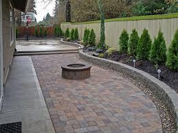 Stone Paver Designs For Walkways Gallery Paved Backyard Ideas Backyard Patio Landscape Pavers