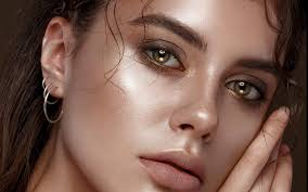 GLOW ON THE GO! BASIC MAKEUP TIPS FOR GLOWING SKIN