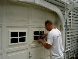 What Color To Paint Interior Garage Door - Wageuzi