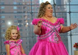 brooke breedwell reveals she hated being a young pageant queen  modern pageant stars former toddlers tiaras star honey boo boo pictured her mother
