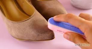 3 easy ways to get oil out of shoes