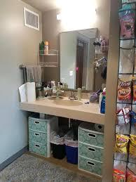 dorm room bathroom ideas best college dorm bathroom ideas on dorm bathroom decor college bathroom decorating