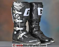 Gaerne Gx 1 Sg 10 Sg 12 Boots Review