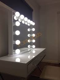 makeup vanity mirror with lights