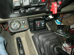 using the rubi locker dash lights w o rubi lockers jeepforum com here s a video of how it all works i ll post some more info tomorrow as far as how i actually wired the switches etc