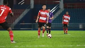 Последние твиты от syahrian abimanyu (@syahrian_abi). Explore Liga 1 2020 Madura United Ensures Headquarters At Ratu Pamelingan